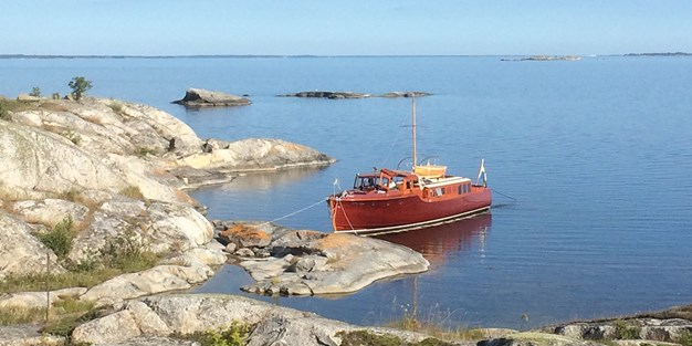 A boat in the archipelago. Photo